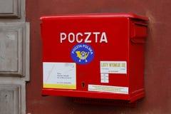 Polnischer Postbox, Nahaufnahme Stockfoto
