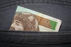 Polnischer Zloty zehn in der Gesäßtasche Stockfoto