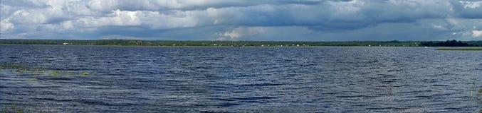 Polnowski ples av sjön Seliger Royaltyfri Foto