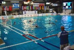 Polo d'eau des femmes, Italie-Hongrie Photographie stock libre de droits