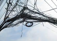 polo de la electricidad de los posts de la electricidad Foto de archivo