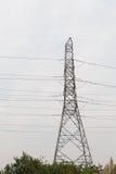 polo de la electricidad por la tarde imágenes de archivo libres de regalías