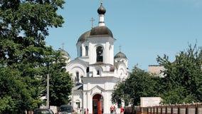 Polotsk, Wit-Rusland Complex van Klooster van Heilige Euphrosyne van Polotsk met Orthodoxe Kerk van Verheffing van Heilig Kruis stock footage