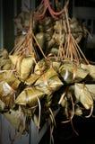 Polpette del riso con il foglio di bambù Fotografia Stock