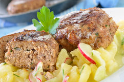 Polpette fritte marroni croccanti Fotografie Stock