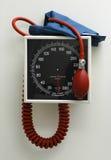 Polsino di pressione sanguigna Immagini Stock Libere da Diritti