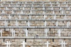 Polsk krigkyrkogård på Monte Cassino - en nekropol av polermedelsoldater som dog i striden av Monte Cassino från 11 till 19 Maj 1 Arkivfoton