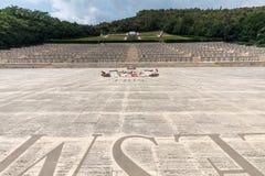 Polsk krigkyrkogård på Monte Cassino - en nekropol av polermedelsoldater som dog i striden av Monte Cassino från 11 till 19 Maj 1 Arkivbild