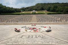 Polsk krigkyrkogård på Monte Cassino - en nekropol av polermedelsoldater som dog i striden av Monte Cassino från 11 till 19 Maj Royaltyfri Fotografi