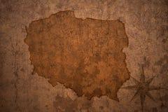 Polska mapa na rocznika papieru tle fotografia royalty free