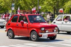 Polski在波兰宪法天游行期间的菲亚特126p 免版税图库摄影