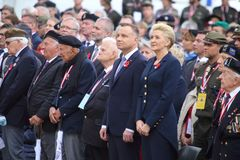 Polski prezydent Andrzej Duda i jego ?ona uczestniczy w cerminia dla 75th rocznicy zdjęcia royalty free