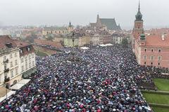 Polskt kvinnaslag mot abortförbud Arkivfoton