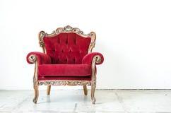Poltrona do vintage de Cassical no fundo branco Foto de Stock Royalty Free