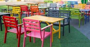 Poltronas de madeira coloridas Foto de Stock Royalty Free