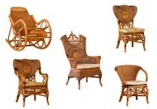 Poltronas do rattan e cadeira de balanço isoladas Foto de Stock Royalty Free