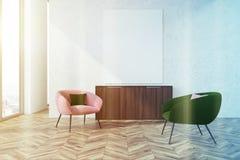Poltrone rosa e verdi grige del salone, tonificate Fotografie Stock