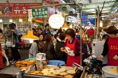 Poludniowo-koreański miejscowego rynek obraz royalty free