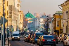 Poluição atmosférica em Moscovo, Rússia Quinta-feira, novembro 20, 2014 Tempo: Sun, s Fotos de Stock