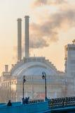 Poluição atmosférica em Moscovo, Rússia Quinta-feira, novembro 20, 2014 Tempo: Sun, s Fotografia de Stock Royalty Free