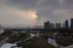 Poluição do ar da cidade Fotografia de Stock