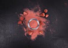 Polvere casalinga della fragola Fotografia Stock Libera da Diritti