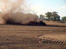 Polvere nel lavoro agricolo Immagini Stock Libere da Diritti