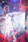 Polvo de la tiza del atleta que hace una pausa de sexo masculino Fotos de archivo