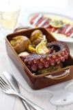 Polvo grelhado com batatas, lagareiro do polvo, culinária portuguesa Fotografia de Stock