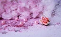 polvo rosado Tulle de la decoración de la boda del brillo de la rosa de las nubes Fotografía de archivo libre de regalías