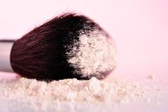 Polvo y cepillo Foto de archivo