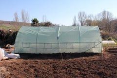 Polyetentunnel som ett plast- växthus Royaltyfri Foto