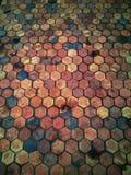 Polygonziegelstein-Bodenbeschaffenheit Stockfoto
