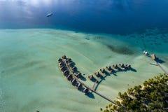 Polynésie française aérien paysage de pavillons d'overwater de Taha photos libres de droits