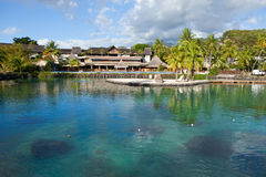 Polynesische landschaps Azuurblauwe lagune Stock Foto