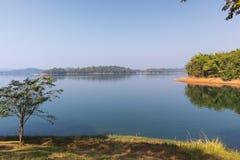 Pom Pee Khao Leaem National Park Kanchanaburi royaltyfri fotografi