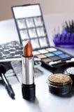 Pomadka i makeup zestaw. Fotografia Royalty Free