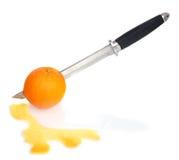 pomarańcza na noże Obrazy Royalty Free