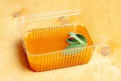 Pomarańcze galareta z mennicą Obraz Stock