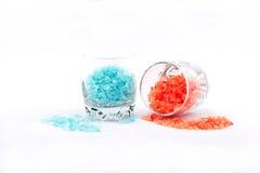 Pomarańcze i błękitna kąpielowa sól Zdjęcia Royalty Free