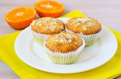 Pomarańcze i owsa muffins fotografia royalty free