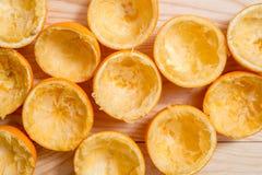 Pomarańcze, mandarynka, tangerine odgórnego widoku przyrodni śmieci obraz stock