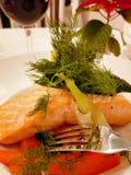 Pomarańcze ryba saumon dla gościa restauracji w Copenhagen danmark obraz stock