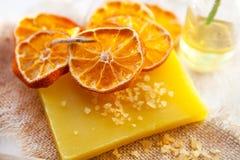 Pomarańcze sól i mydło fotografia stock