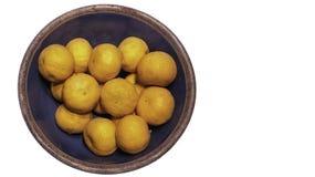 Pomarańcze w Błękitnym pucharze obrazy royalty free