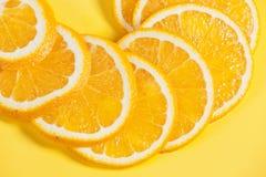 Pomarańczowa owoc w sekci w białej wodzie Obraz Royalty Free