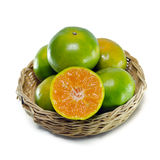 Pomarańczowa owoc z przyrodnim widokiem odizolowywającym na białym tle Fotografia Stock