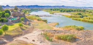 Pomarańczowa Rzeczna Namibia i Południowa Afryka granica Obraz Royalty Free
