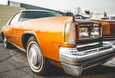 Pomarańczowy chłodno samochód zdjęcia stock