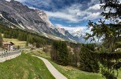 pomarańczowy górski filtra panorama niebios Sceniczny Pogodny krajobraz dolomity Włochy Fotografia Royalty Free